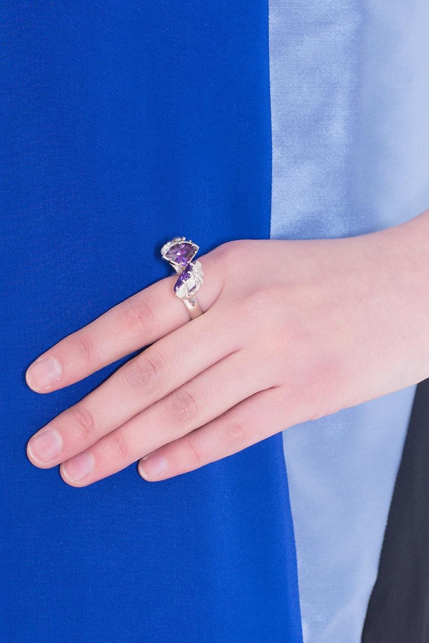 Серебряное кольцо с цирконием от AIZEL